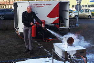 BRN Brandbeveiliging CO2 Schuim brandslanghaspel oefening